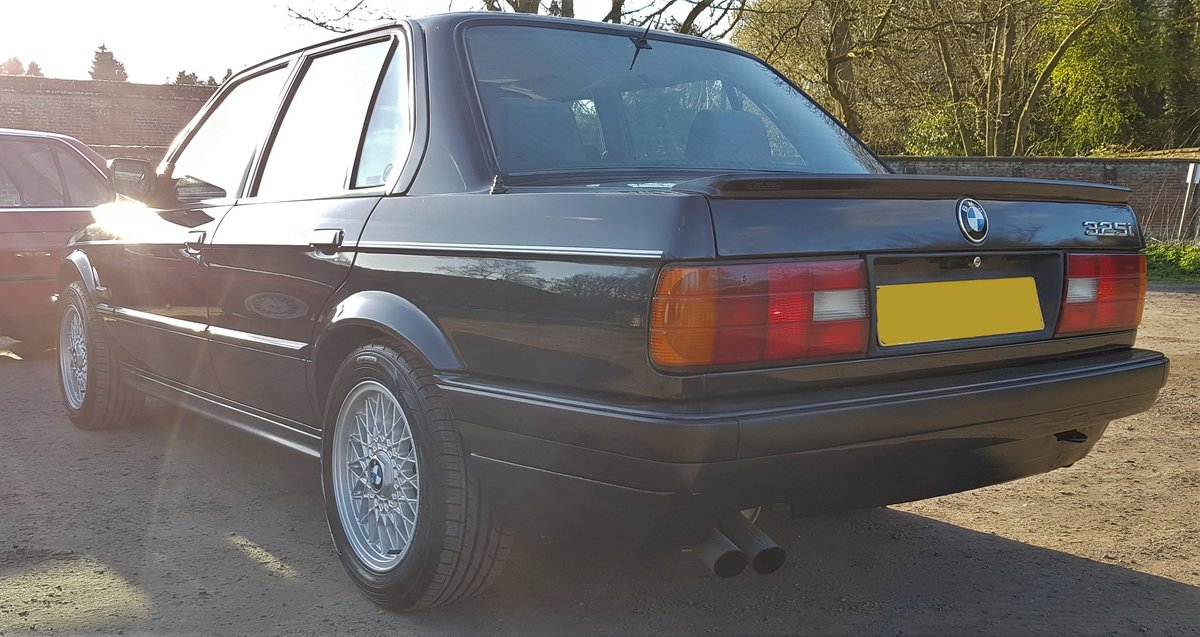 ***SOLD*** 1991 E30 'H' BMW 325i SE 4dr Auto For Sale (picture 3 of 6)