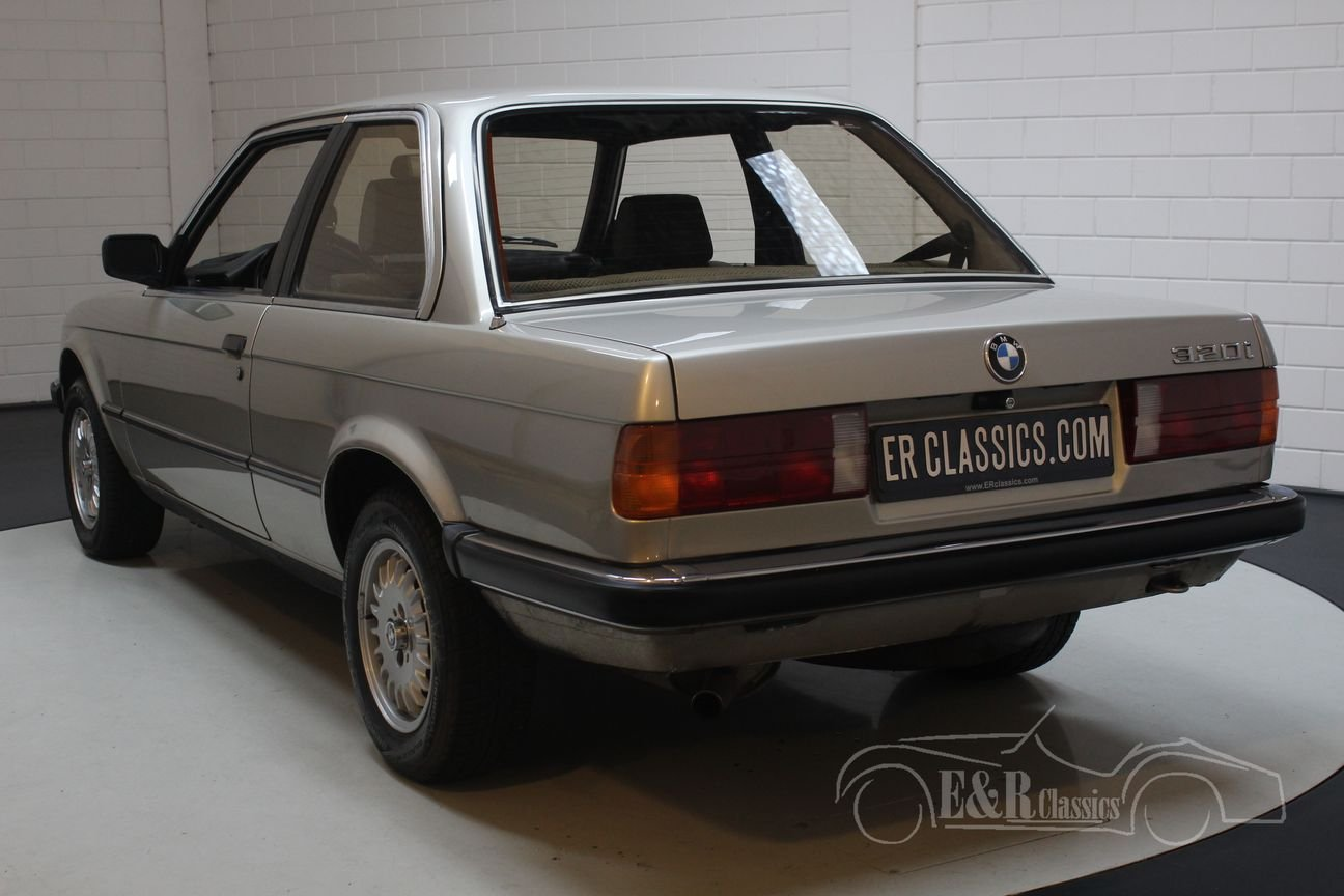 BMW 320i E30 Coupe 1983 only 127,523 km Original Dutch For Sale (picture 5 of 6)
