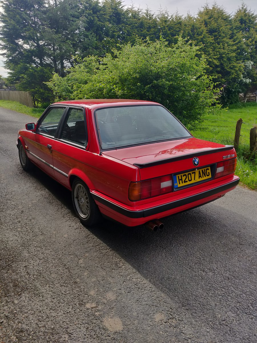 Genuine 1991 bmw E30 318is For Sale (picture 1 of 6)