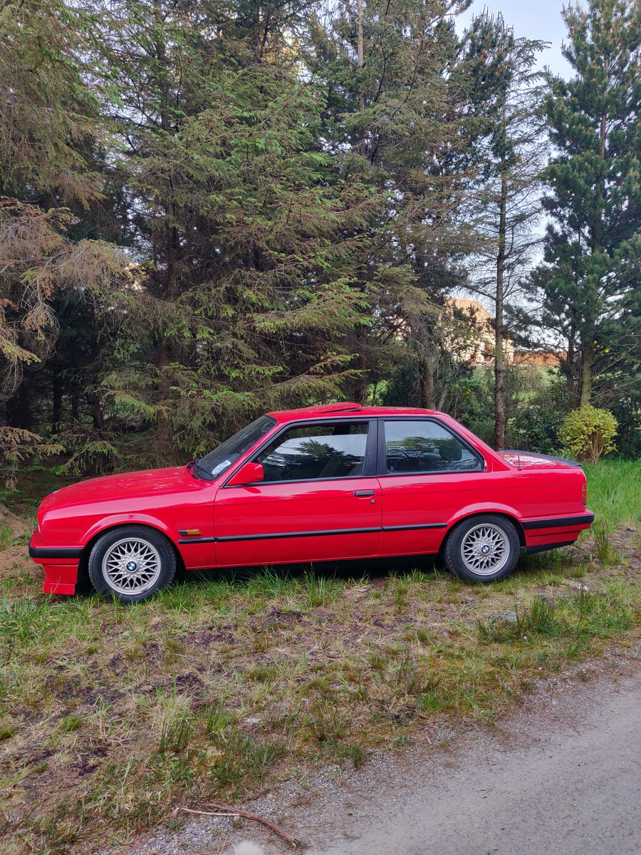 Genuine 1991 bmw E30 318is For Sale (picture 6 of 6)