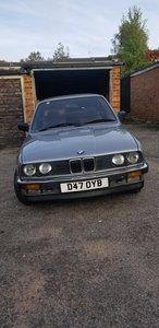 1987 BMW E30 320i SE