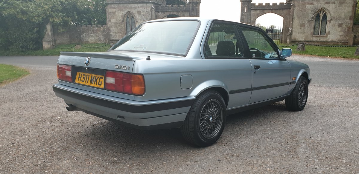 1990 Bmw E30 318i Lux 2dr For Sale (picture 2 of 6)