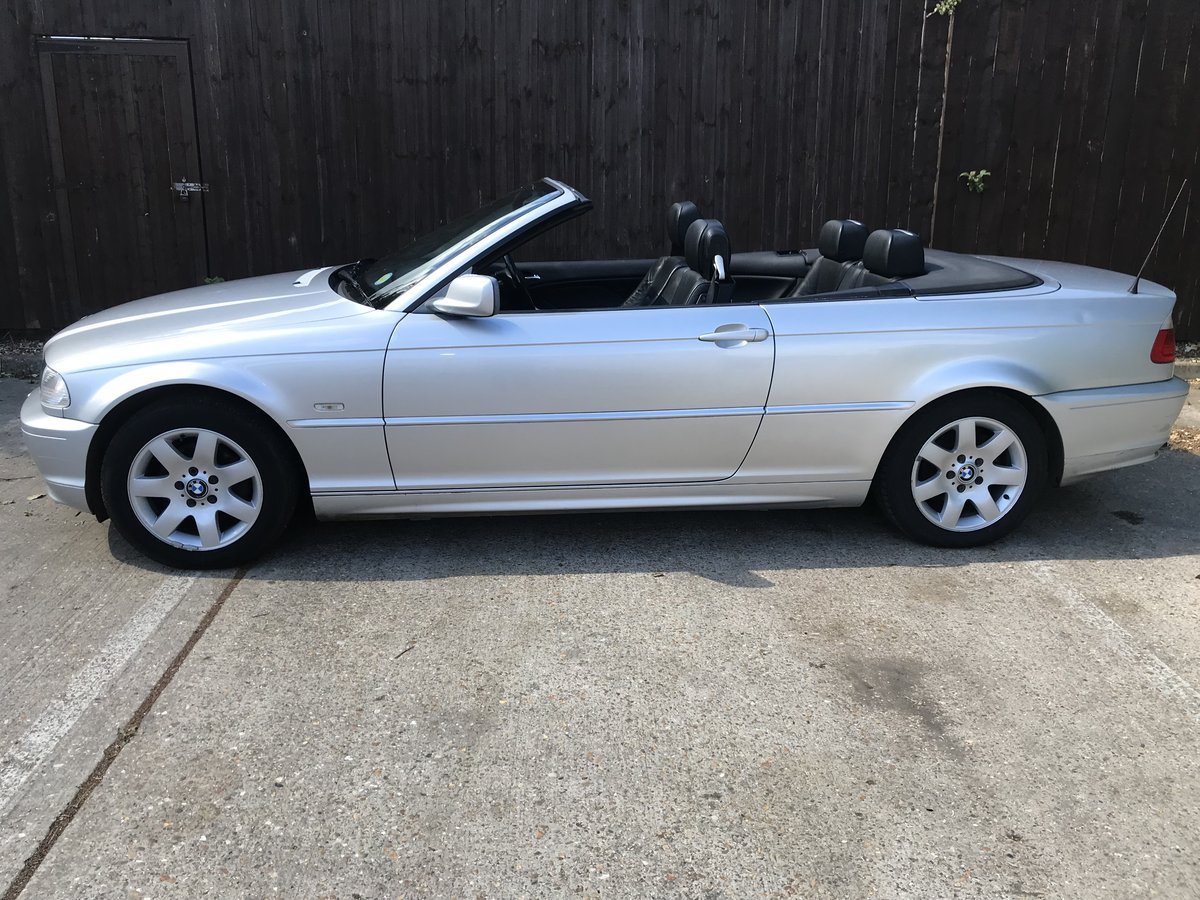 BMW 318ci Convertible 2002 For Sale (picture 4 of 6)