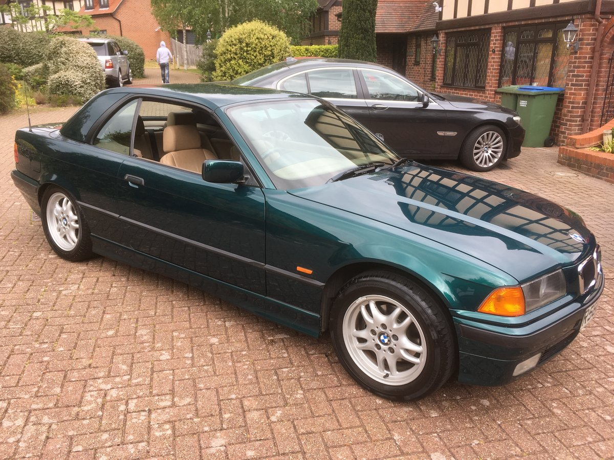 1998 BMW E36 318i Convertible with Factory Hardtop For Sale (picture 2 of 6)