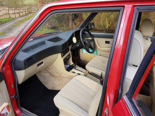 1985 xx CLASSIC CAR xx BMW E28 xx 525E 2.7 xx AUTO xx  For Sale (picture 5 of 6)