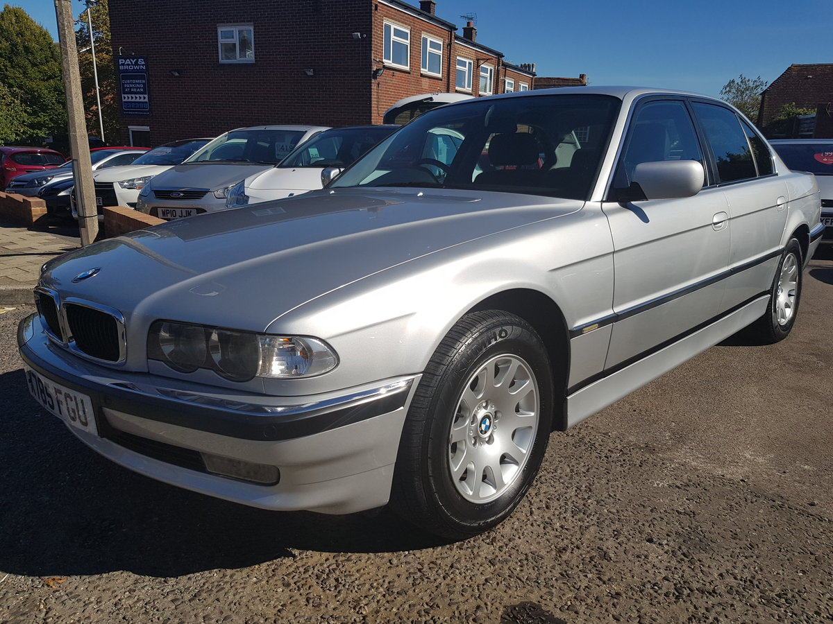 2000 BMW 728 AUTO HIGH SPEC SUPERB EXAMPLE TOTALHISTORY For Sale (picture 1 of 6)