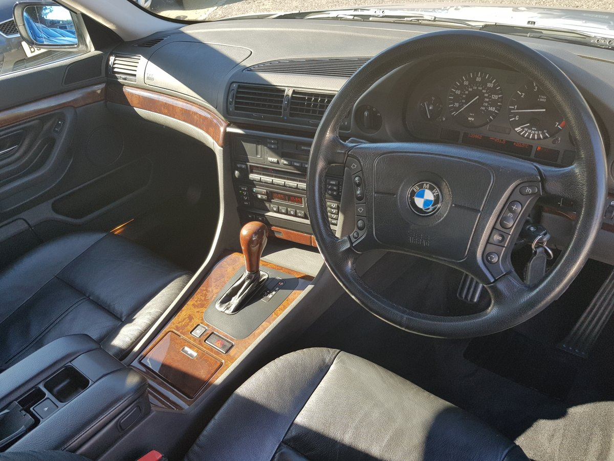 2000 BMW 728 AUTO HIGH SPEC SUPERB EXAMPLE TOTALHISTORY For Sale (picture 4 of 6)