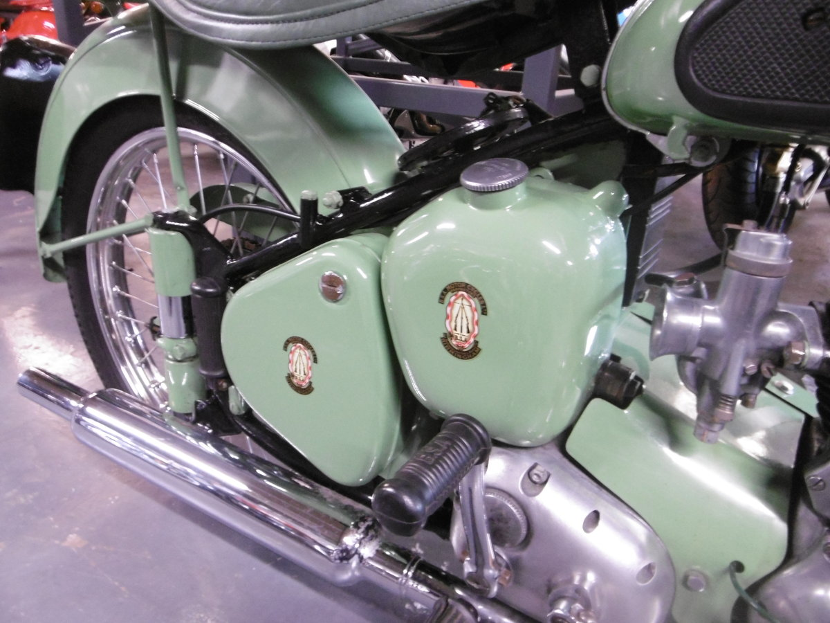 1955 BSA C10L Nut and bolt restoration stunning  SOLD (picture 2 of 6)