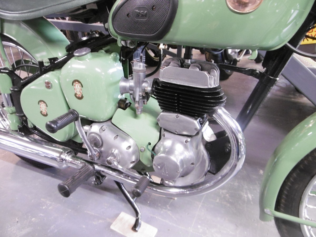 1955 BSA C10L Nut and bolt restoration stunning  SOLD (picture 3 of 6)