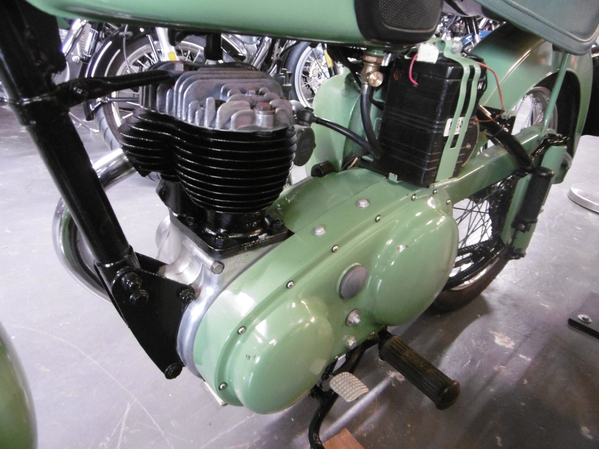 1955 BSA C10L Nut and bolt restoration stunning  SOLD (picture 4 of 6)