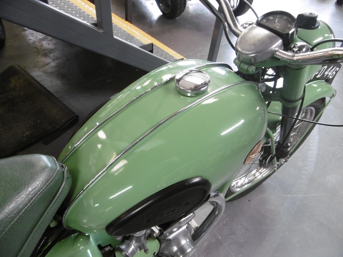 1955 BSA C10L Nut and bolt restoration stunning  SOLD (picture 5 of 6)