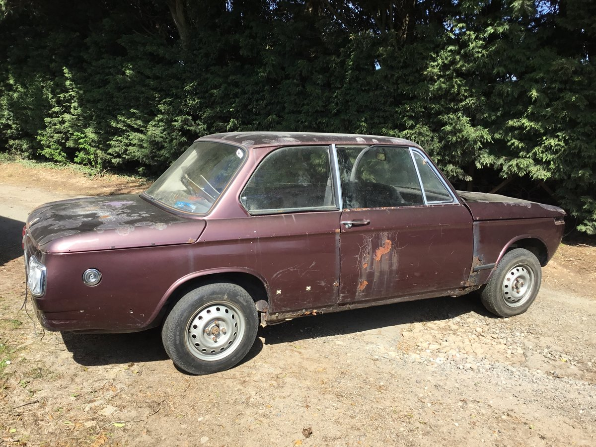 1975 BMW 1602 2 Door Saloon - ideal race turbo shell For Sale (picture 1 of 6)