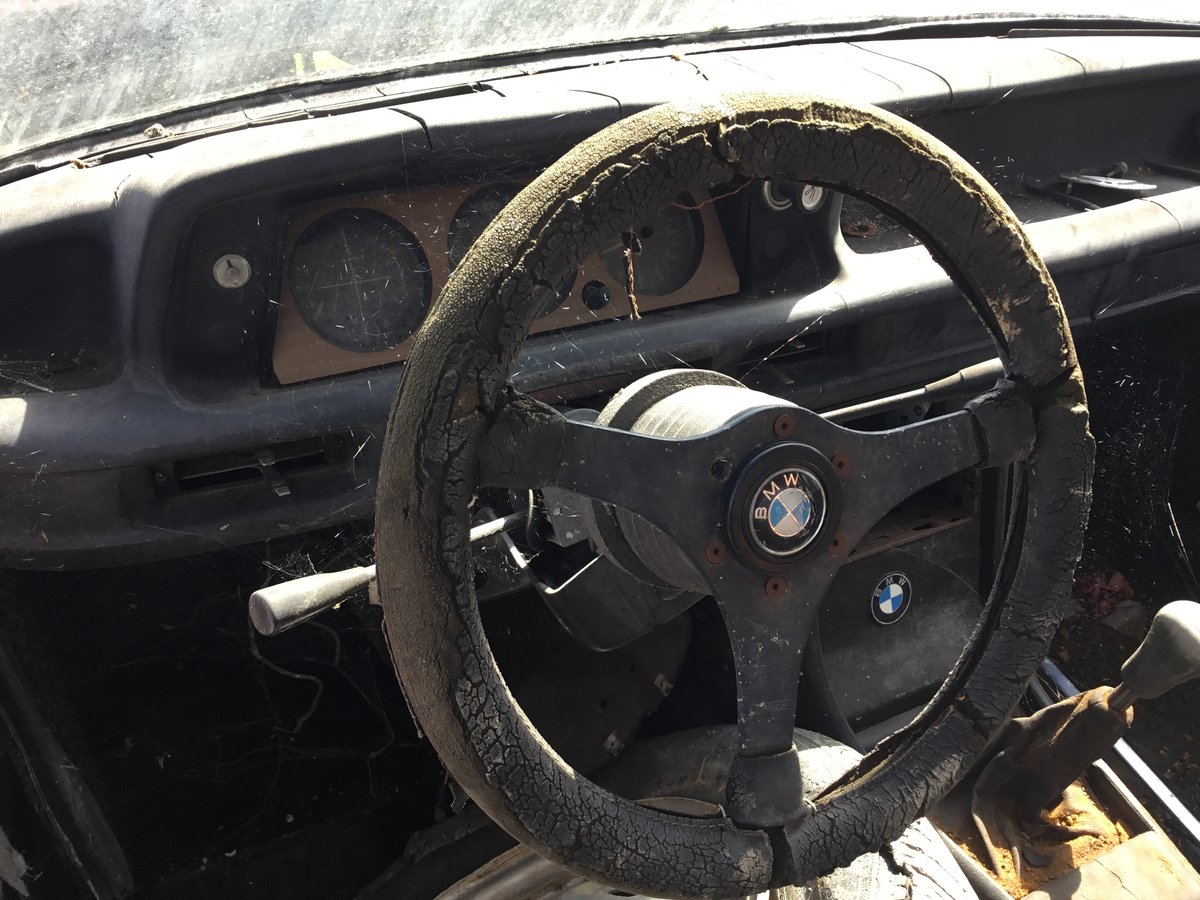 1975 BMW 1602 2 Door Saloon - ideal race turbo shell For Sale (picture 4 of 6)