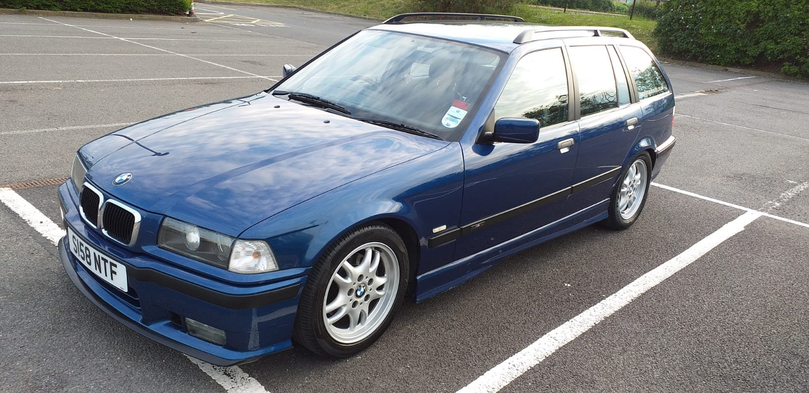 1999 BMW e36 Touring M Sport Avus Blue 73k For Sale (picture 2 of 6)