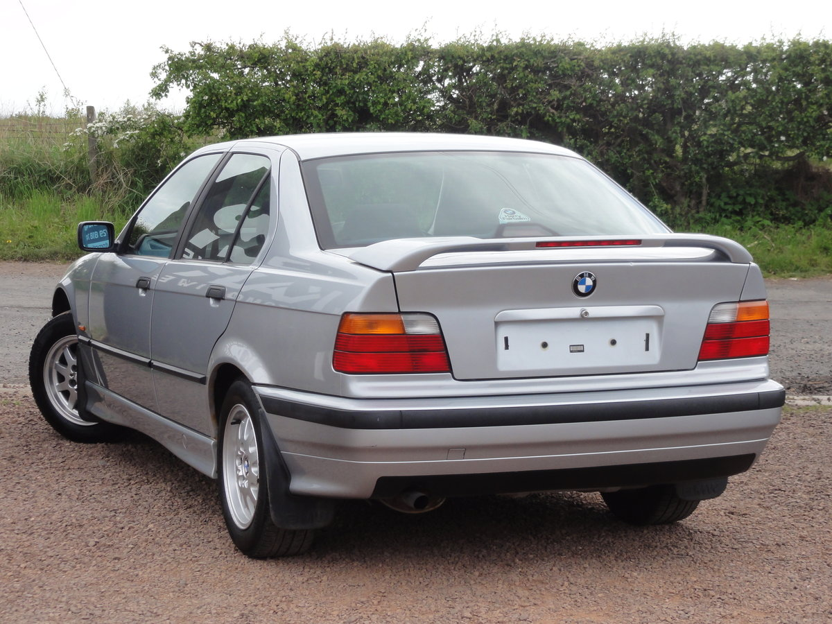 1997 BMW E36 316i SE Saloon, Manual, Silver, 36k Miles, FSH SOLD (picture 4 of 6)