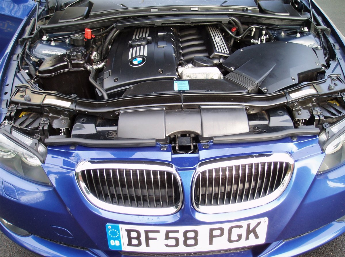 Bmw 325i 3l 2 door coupe blue manual tow bar 2009 For Sale (picture 6 of 6)