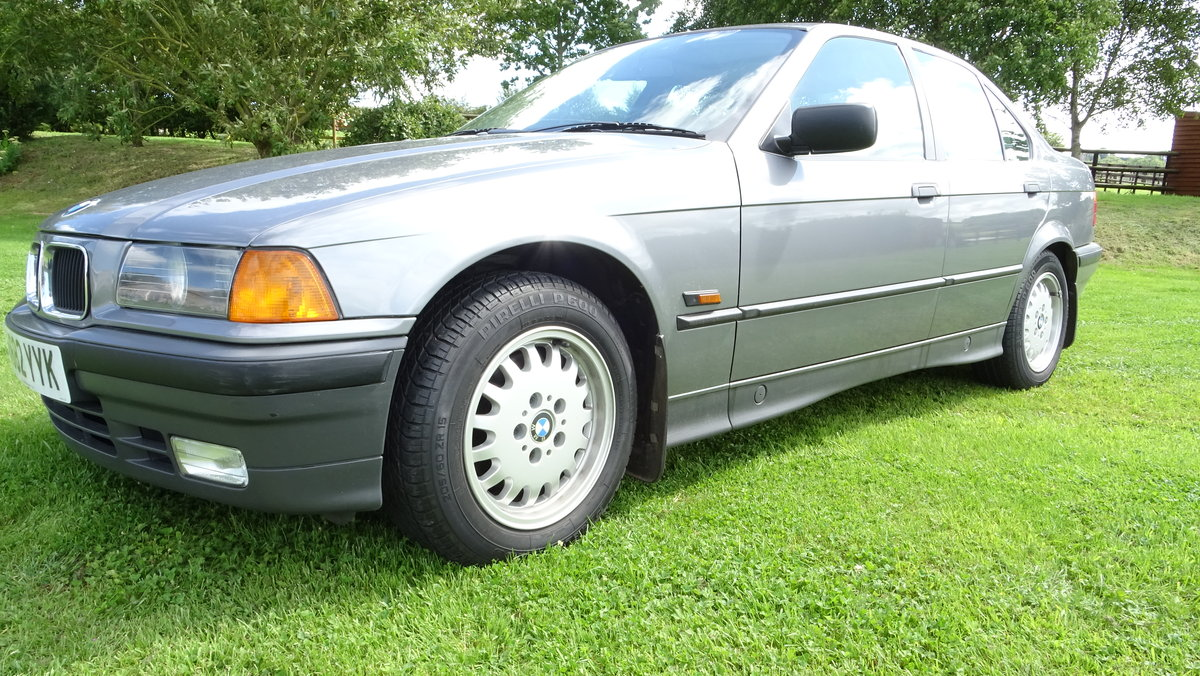 1991 One of the best BMW 325is available - Low Mileage! For Sale (picture 2 of 6)