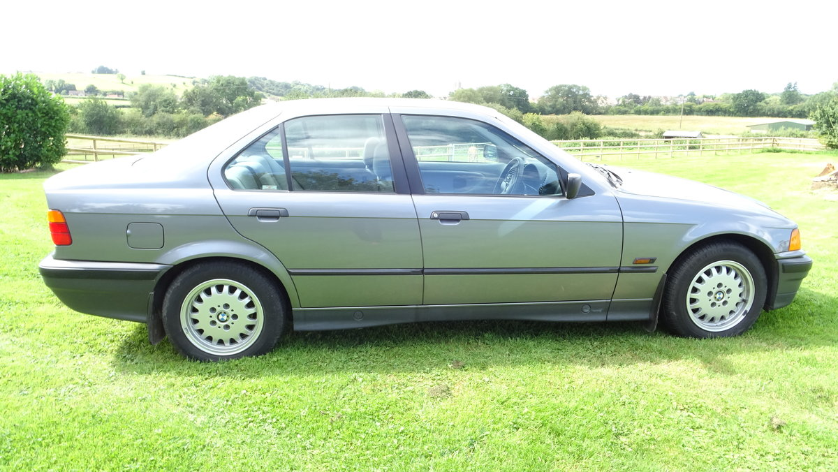 1991 One of the best BMW 325is available - Low Mileage! For Sale (picture 3 of 6)