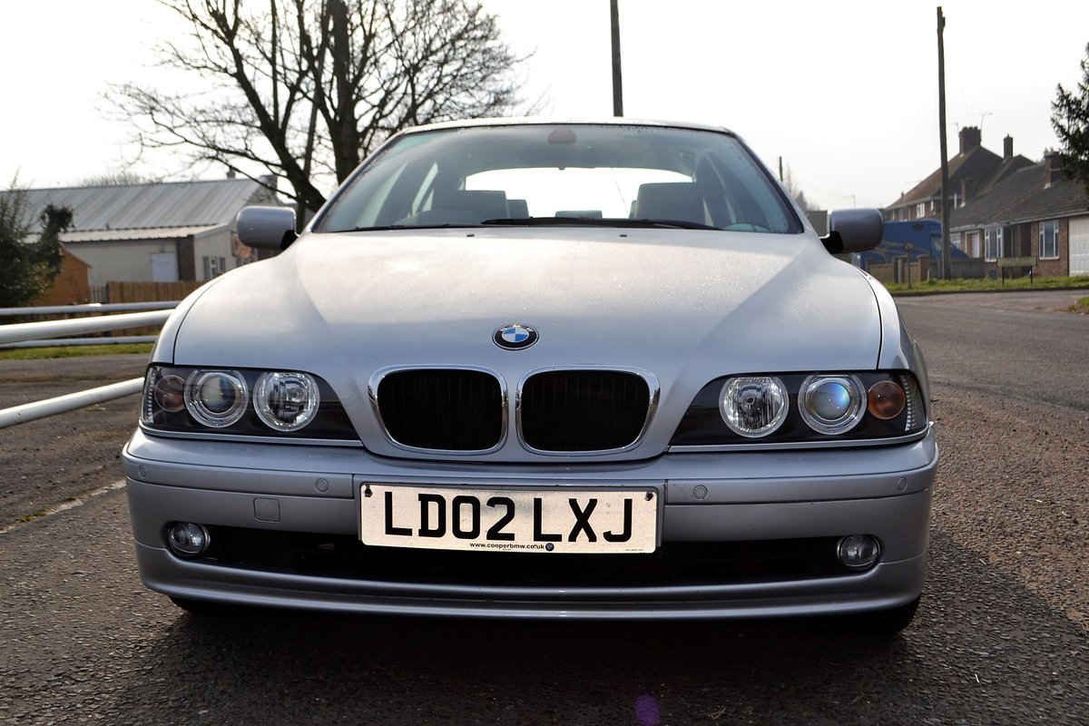 2002 BMW E39 530i SE - ONE OWNER & LOW MILEAGE  SOLD (picture 11 of 16)