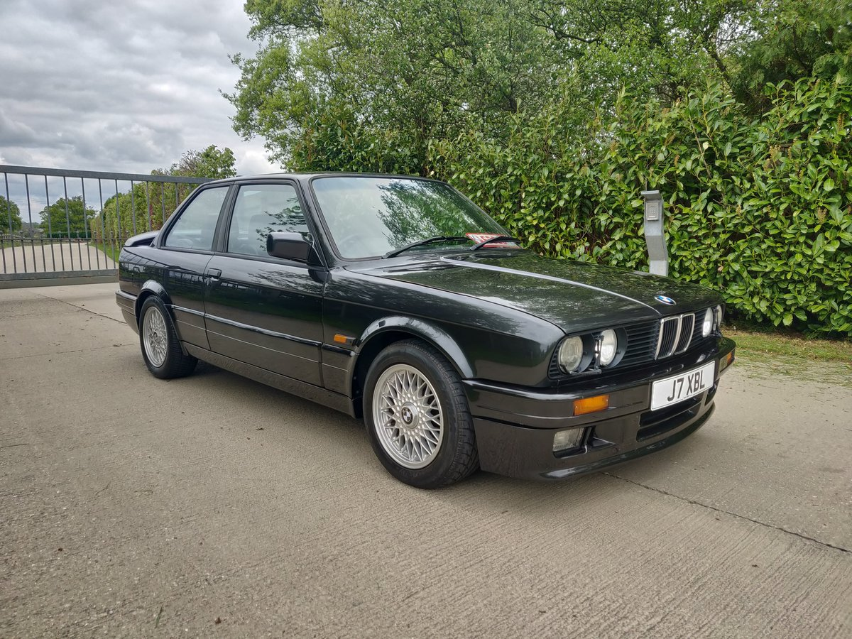 BMW E30 325I SPORT M TECH 2 1991 [J]  For Sale (picture 1 of 6)