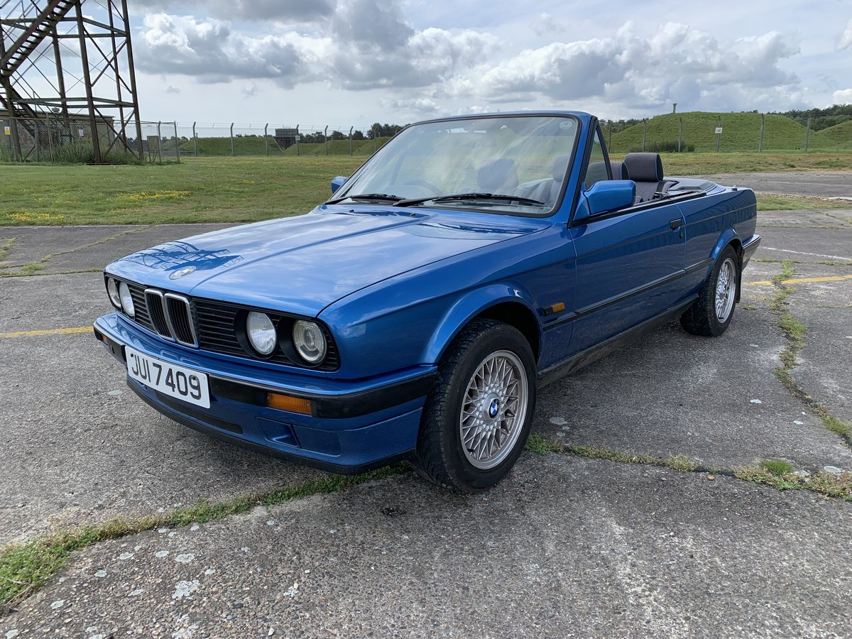 1991 BMW 318 E30 Cabriolet Convertible For Sale (picture 1 of 6)