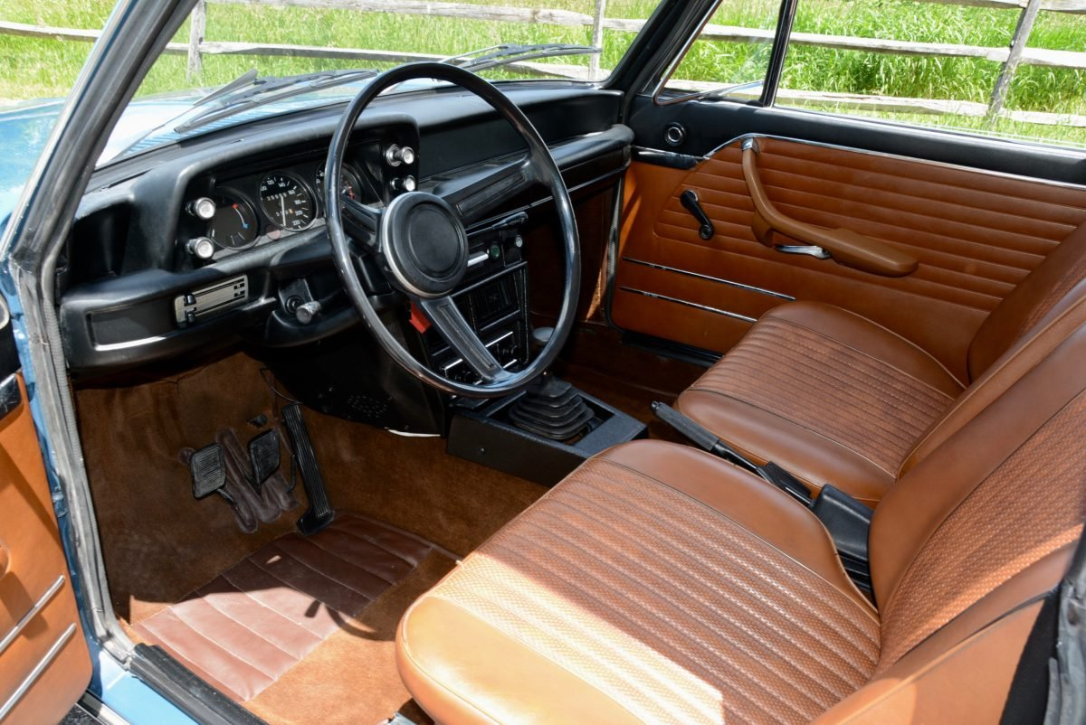 1973 BMW 2002 tii Coupe = Restored Blue(~)Tan + AC $obo For Sale (picture 4 of 6)