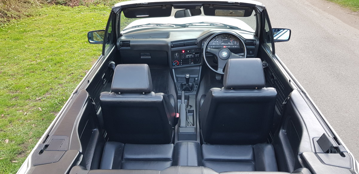 1993 BMW E30 318i LUX - LOW MILEAGE - ATTENTIVELY MAINTAINED  For Sale (picture 5 of 6)