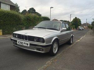 1991 BMW E30 318i Lux