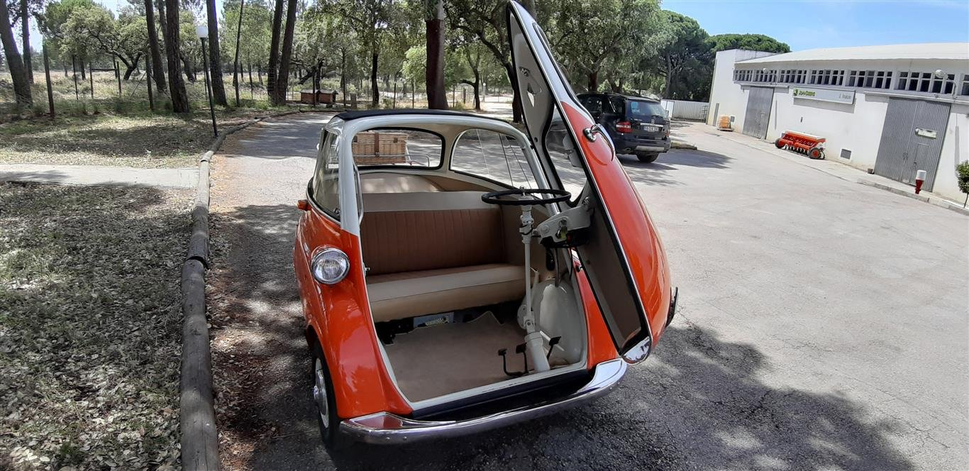 1958 BMW Isetta Mint condition For Sale (picture 2 of 6)