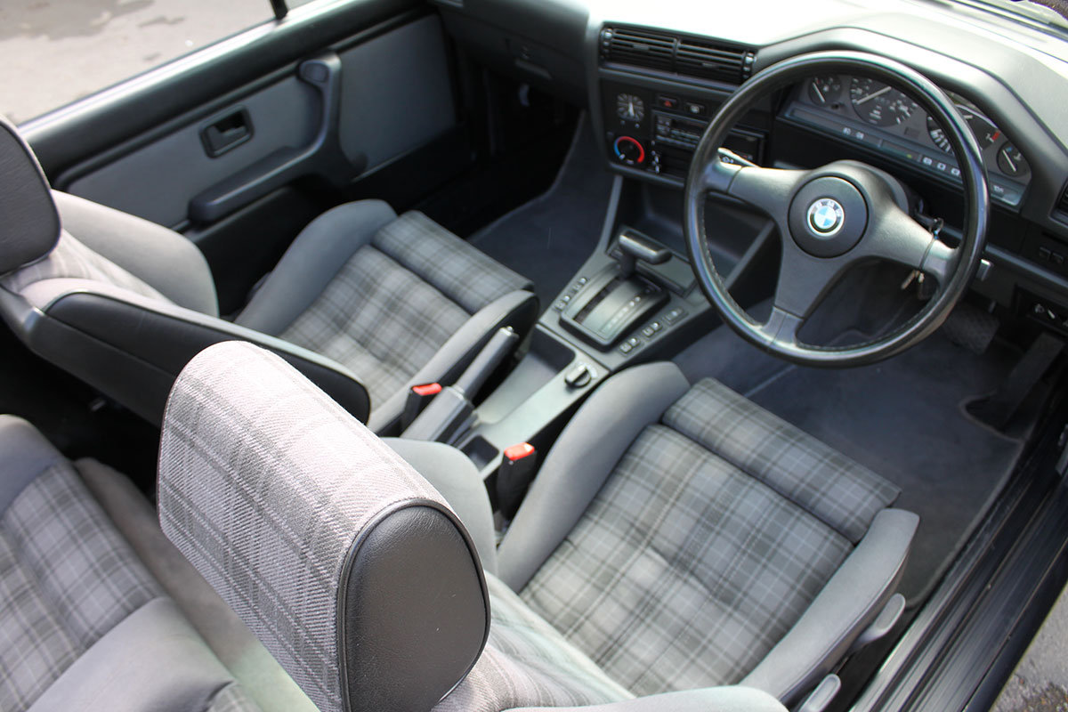 1990 BMW E30 325i Convertible For Sale (picture 2 of 6)