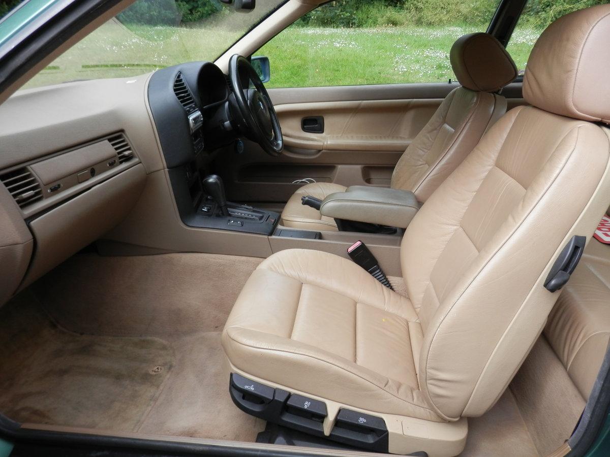BMW E36.. 318iS AUTO COUPE.. RARE COLOUR.. M-TECH SUSPENSION SOLD (picture 3 of 6)