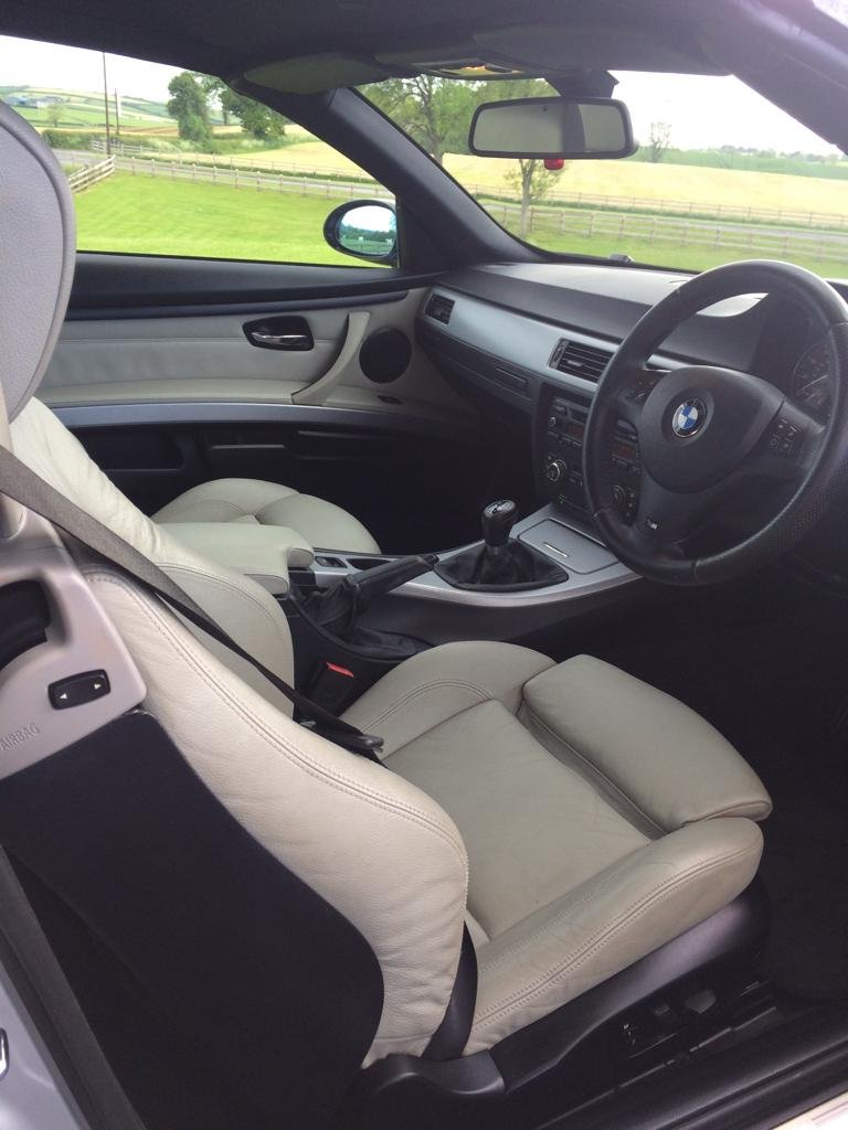 2009 BMW 320i M-SPORT CONVERTIBLE For Sale (picture 5 of 6)