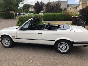 1990 BMW 3 Excellent condition. 80k miles with FSH. MOT For Sale