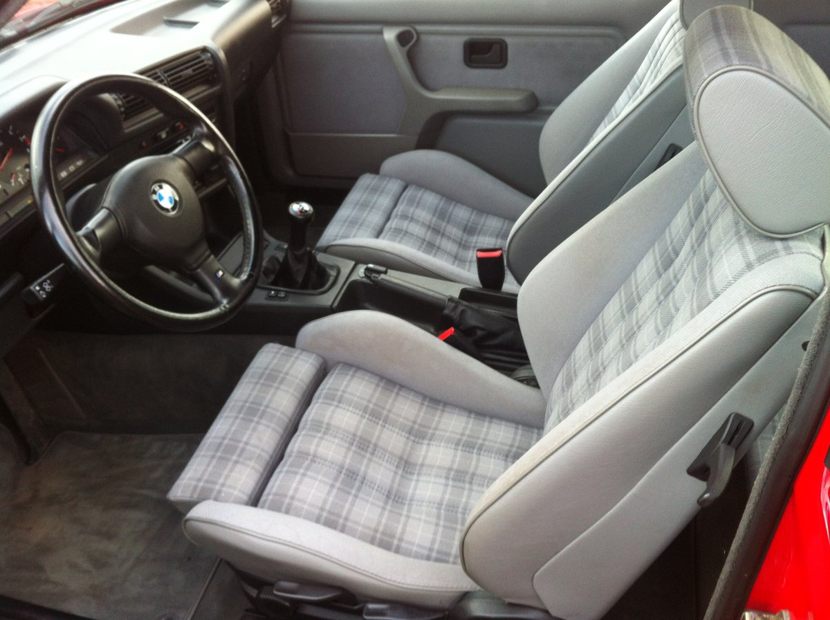 1990 BMW E30 M3 For Sale (picture 5 of 6)