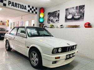 BMW 320is E30 (S14 engine)