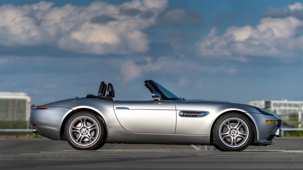 2000 BMW Z8 one owner from new For Sale (picture 5 of 6)