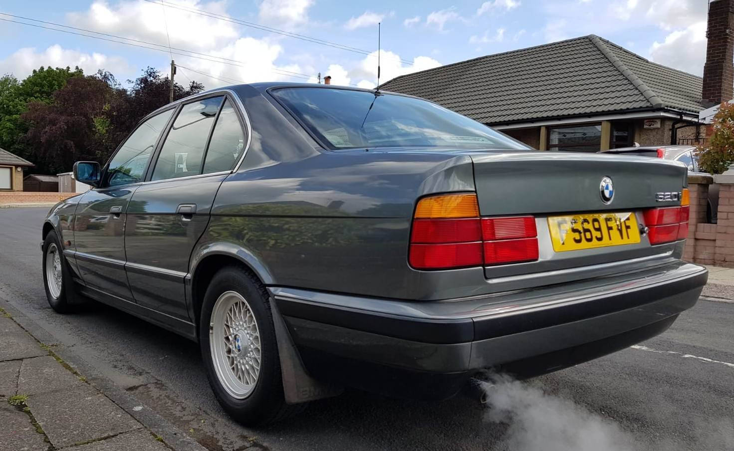 1989 BMW 520i E34. 1 PREVIOUS OWNER & ONLY 20,300 MILES For Sale (picture 3 of 6)
