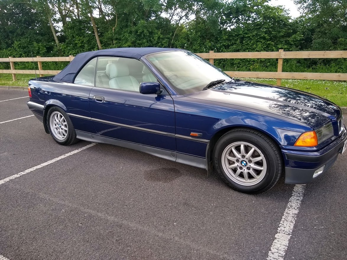 1995 BMW 325i Convertible for Auction Friday 12th July SOLD by Auction (picture 2 of 6)