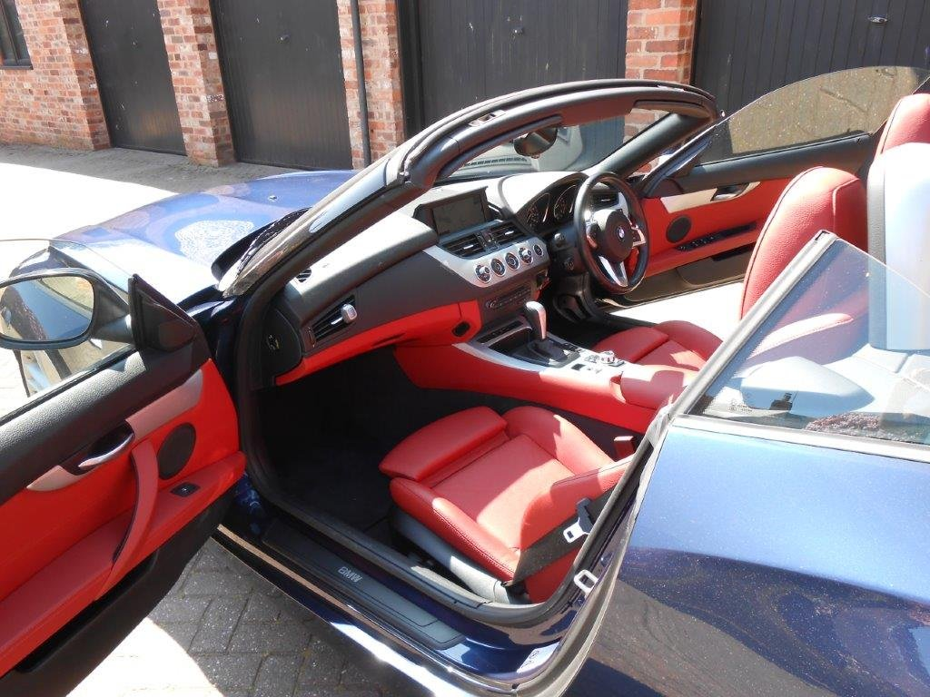 2009 Beautiful BMW Z4  3.0i sDrive Automatic For Sale (picture 6 of 6)
