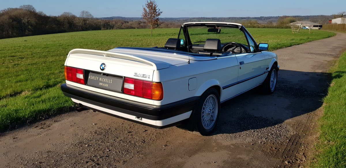 1993 BMW E30 318i LUX - LOW MILEAGE - ATTENTIVELY MAINTAINED  For Sale (picture 2 of 6)
