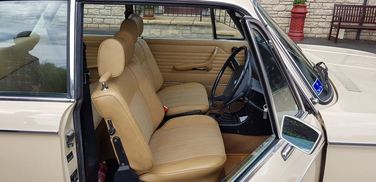 1975 BMW 2002 For Sale (picture 4 of 6)