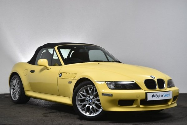 2001 16300 miles -Dakar Yellow wide bodied BMW Z3 1.9  For Sale (picture 1 of 6)