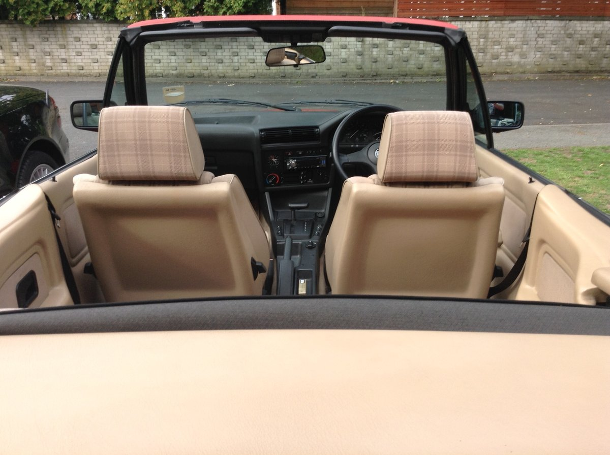 1988 BMW E30 325i cabriolet  For Sale (picture 2 of 6)