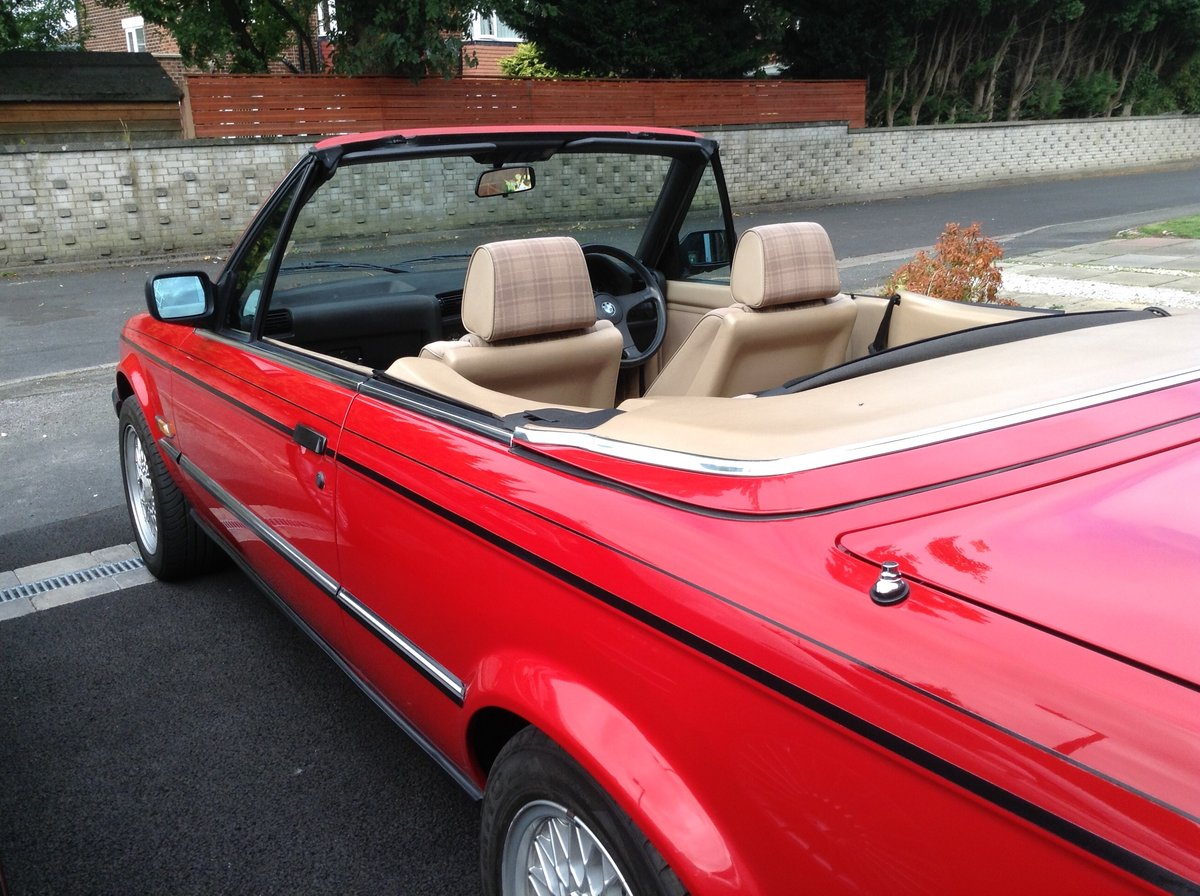 1988 BMW E30 325i cabriolet  For Sale (picture 3 of 6)