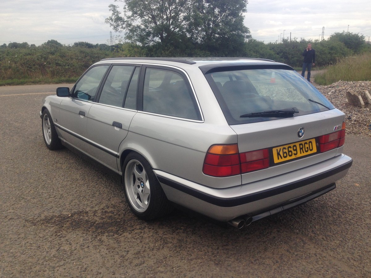 1992 BMW E34 M5 Touring 'Individual' 1 of 891 For Sale (picture 4 of 6)