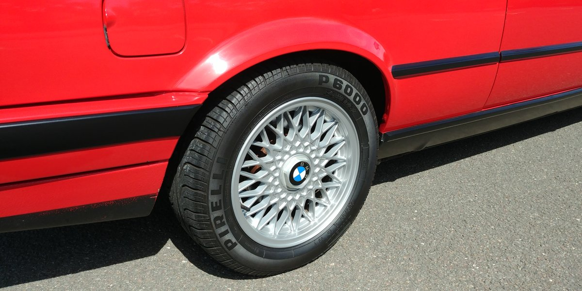1991 BMW E30 320 cabriolet For Sale (picture 5 of 6)