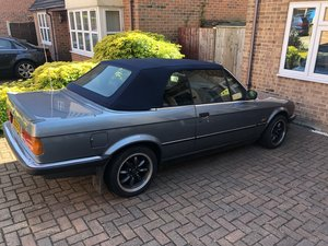 1988 BMW E30 2.8 convertible automatic. For Sale