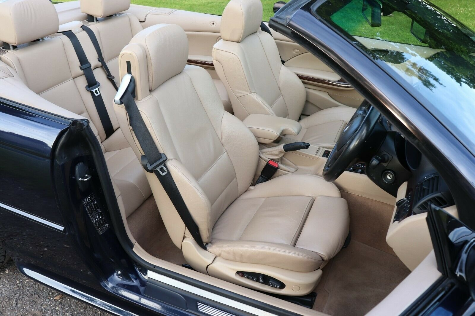2004 BMW 330Ci M Sport Convertible For Sale (picture 5 of 6)