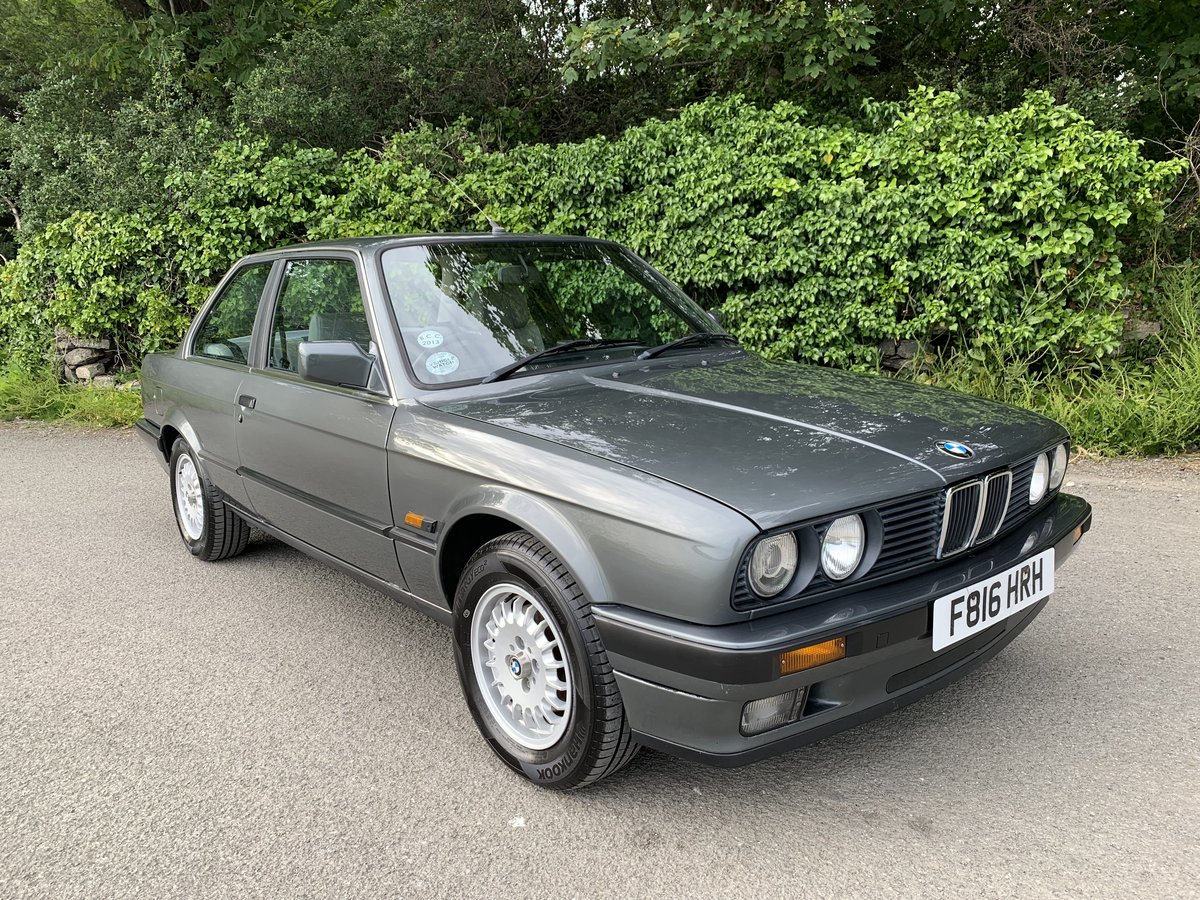 1989 Stunning E30 - very low mileage For Sale (picture 1 of 6)