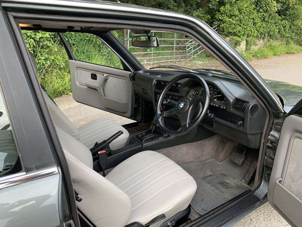 1989 Stunning E30 - very low mileage For Sale (picture 3 of 6)
